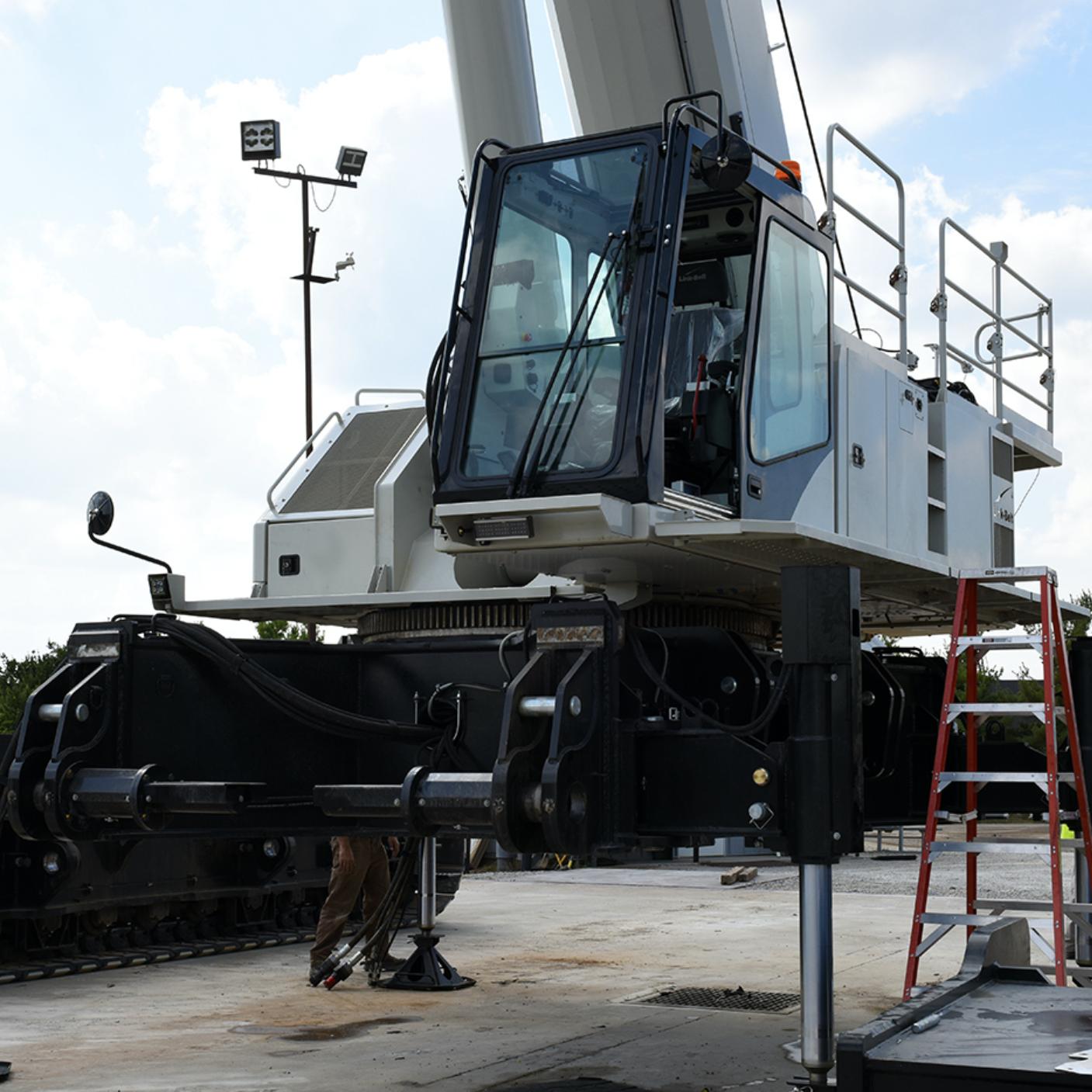 Wilkerson Crane Rental - Equipment - Link-Belt TT-2500
